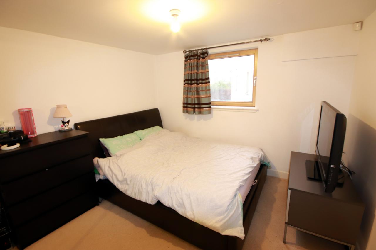 unicornHomes.co.uk - Property Ref: 00153 - Lochburn Gate, Maryhill, G200SN