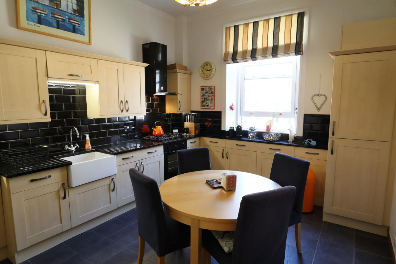 unicornHomes.co.uk - Property Ref: 00159 - Somerville Drive, Mount Florida, G429BJ