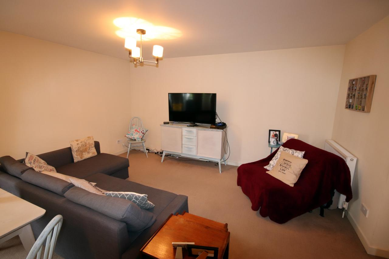 unicornHomes.co.uk - Property Ref: 01422 - Firpark Close, Dennistoun, G312HL